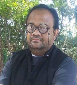 Dr Tarun Banker