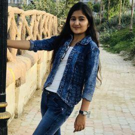 Dr Shreya Tank