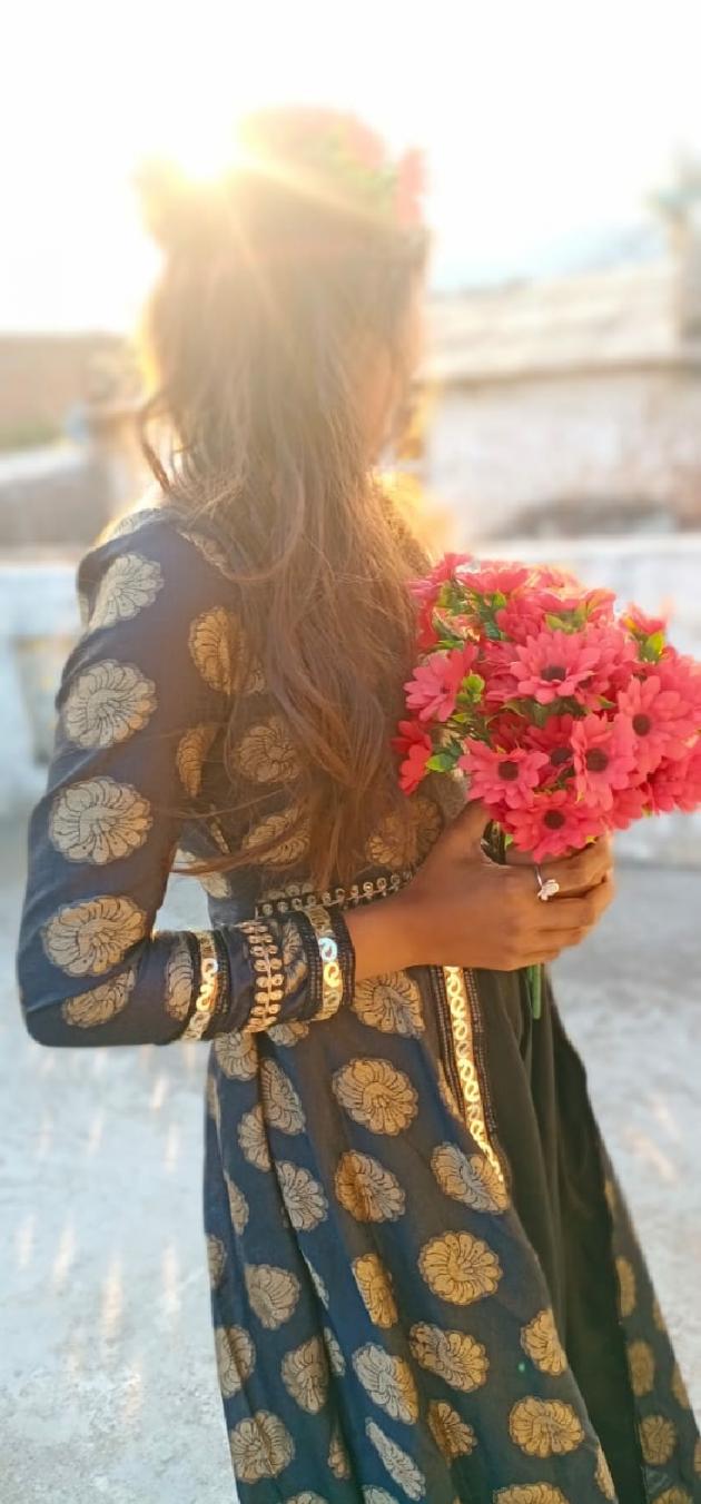 Gujarati Shayri by Selvina Khristi : 111445477